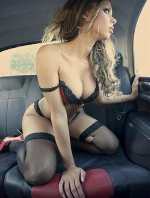 Aura from Orkney Springs, Virginia is looking for adult webcam chat
