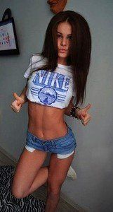 Nelle from Indiana is looking for adult webcam chat